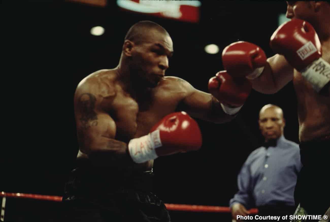 Mike Tyson wird Berichten zufolge in einem Schaukampf über acht Runden gegen Roy Jones Jr. in den Boxring zurückkehren!